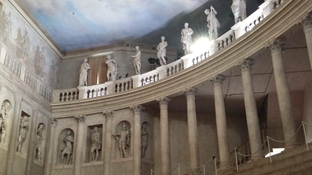 Olimpic Theatre
