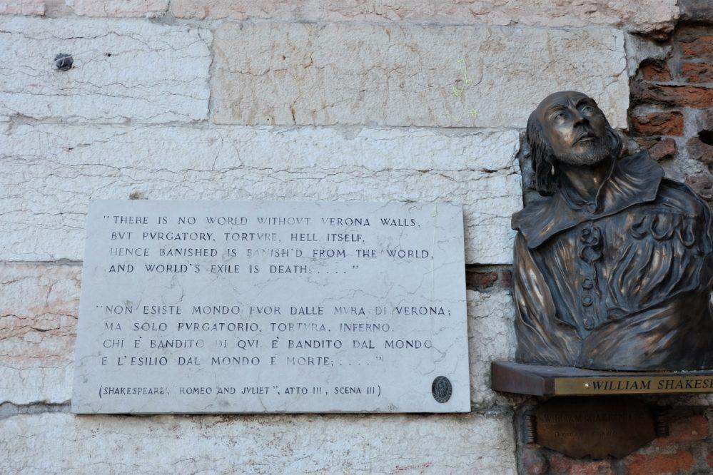 Busto William Shakespeare
