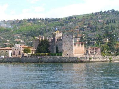 Lazise borgo fortificato del Garda