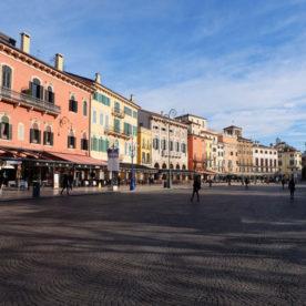 Plaza Bra Listone